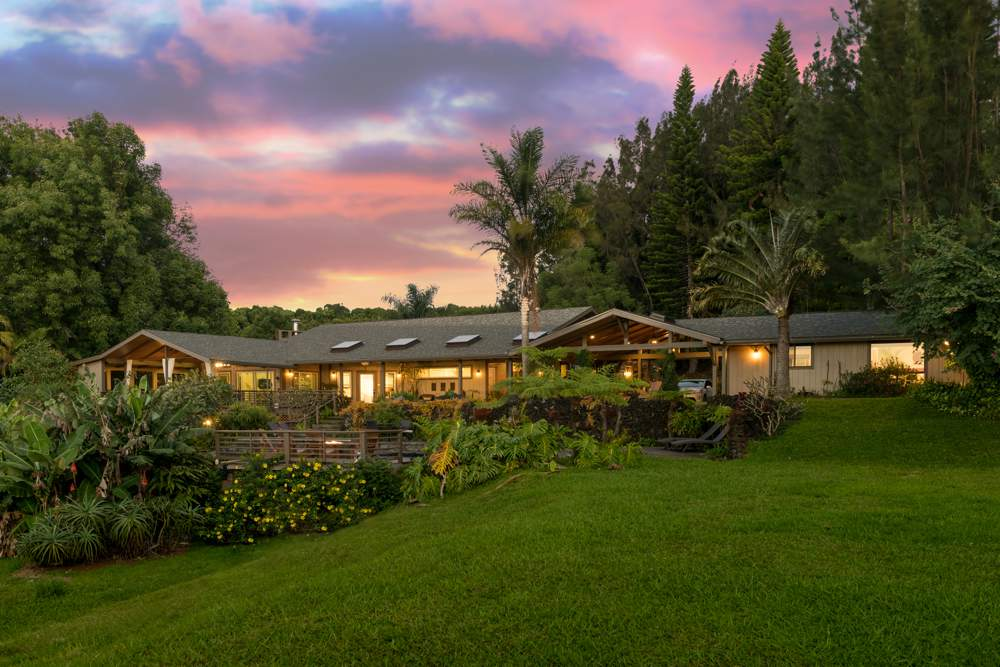 Maui Airbnb listing in the Kula mountains at sunset